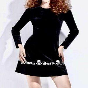 ROSETIC Skull & Crossbones Black Velvet Dress 3XL